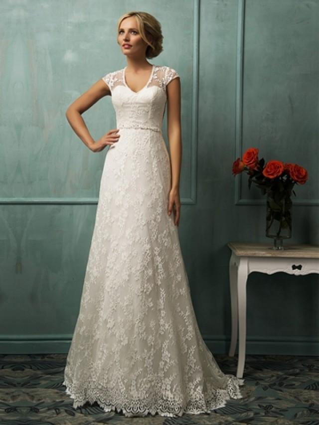 wedding photo - Short Sleeves V-neckline Lace Wedding Dress with Illusion Back