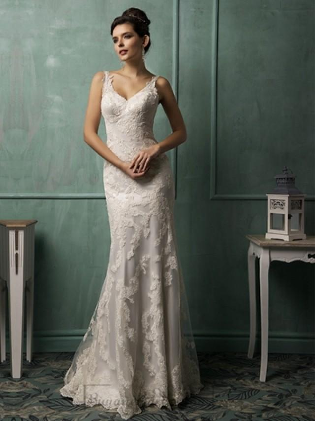 wedding photo - Straps V-neckline Lace Low Backless Wedding Dress