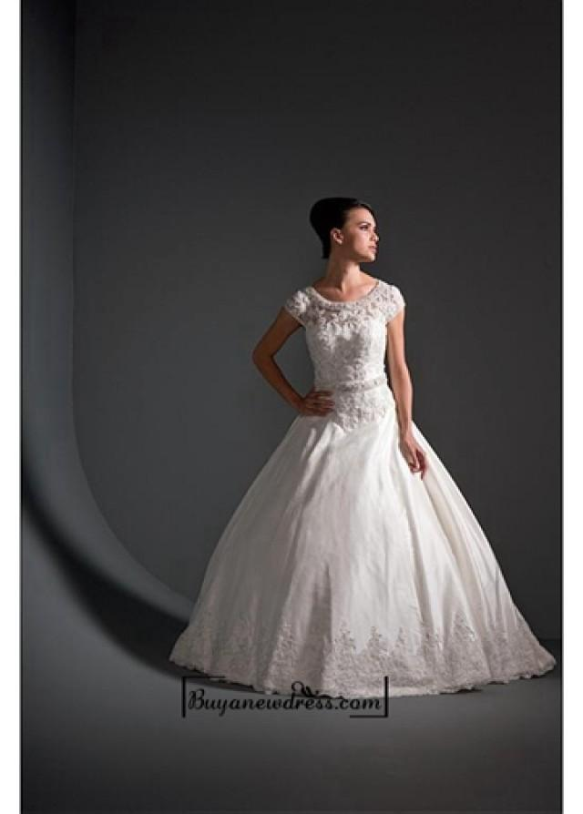 wedding photo - Beautiful Elegant Exquisite A-line Satin Wedding Dress In Great Handwork