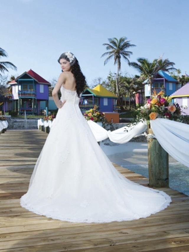 wedding photo - Tulle And Satin Ball Gown With Strapless Neckline And A Satin Belt