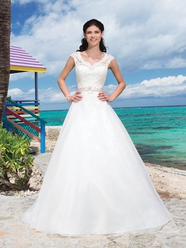 wedding photo - Beading And Flowers Corded Lace V-Neck And Cap Sleeves Ball Gown