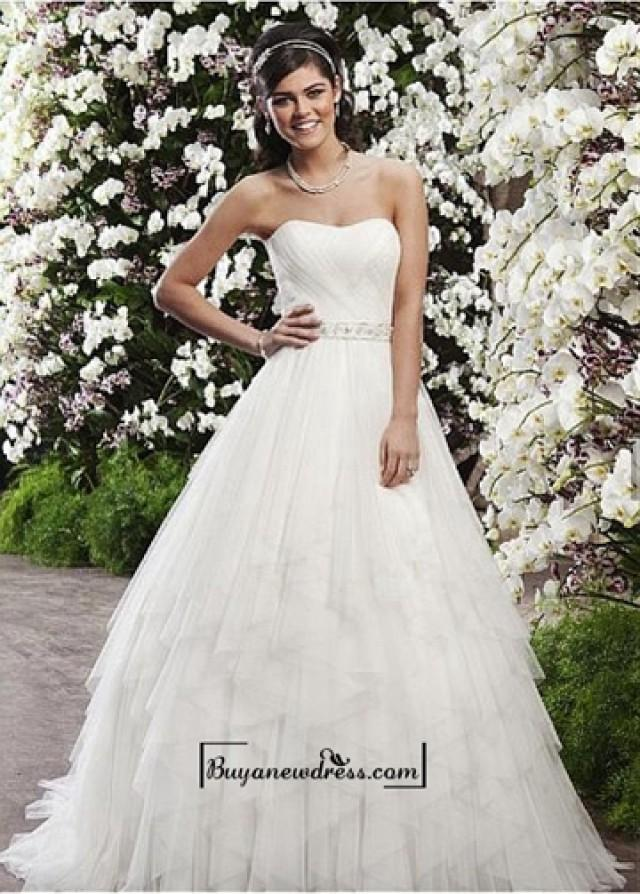 wedding photo - Attractive Tulle & Satin A-line Sweetheart Natural Waist Wedding Dress
