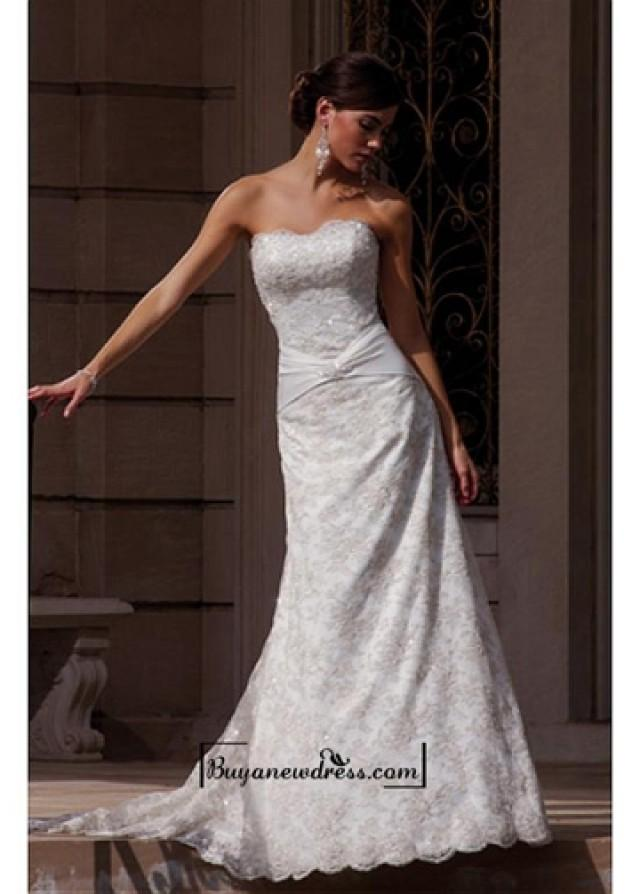 wedding photo - A Romantic Lace A-line Strapless Wedding Dress