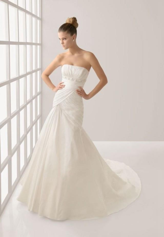 wedding photo - Pleated Taffeta Strapless Mermaid Elegant Wedding Dress