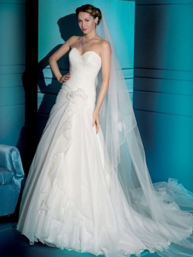 wedding photo - Stunning Organza Strapless A-line Wedding Dress with Sweetheart Neck and Lace-up Back