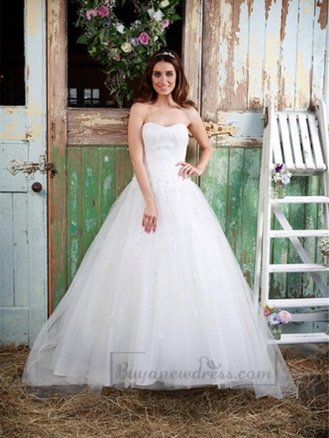 wedding photo - Strapless Sweetheart A-line Ball Gown Wedding Dress