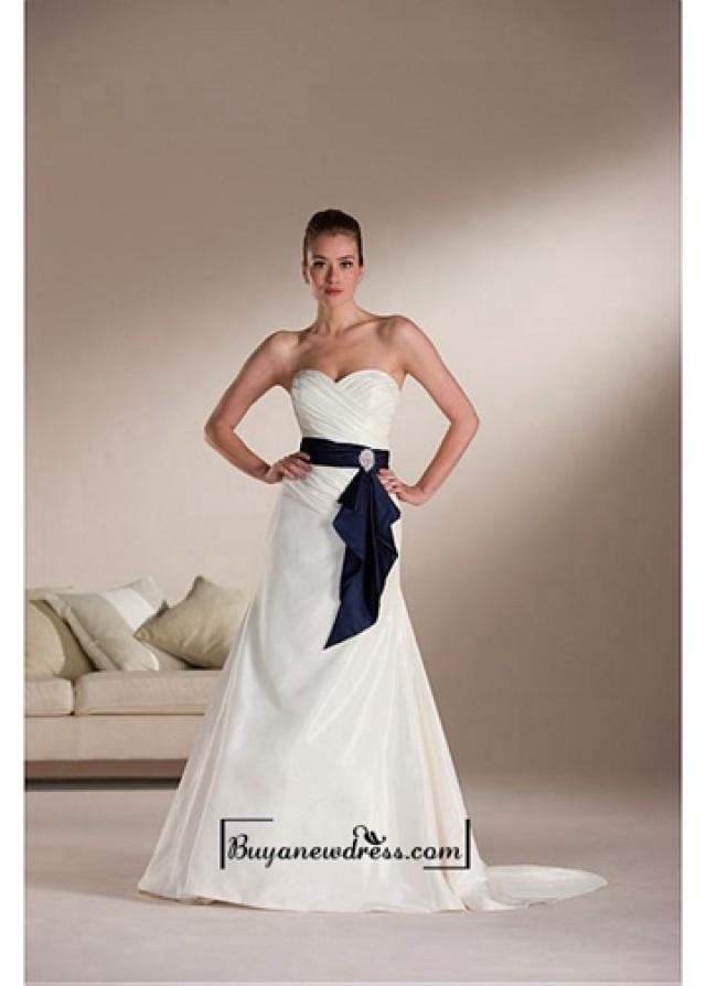 wedding photo - Beautiful Elegant Exquisite A-line Sweetheart Taffeta Wedding Dress In Great Handwork