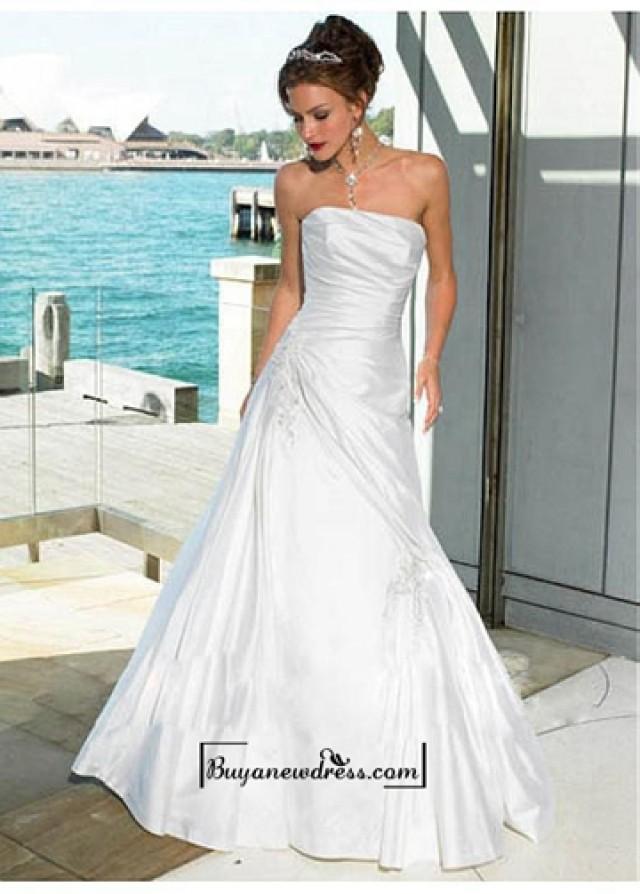 wedding photo - Beautiful Elegant A-line Strapless Taffeta Wedding Dress In Great Handwork