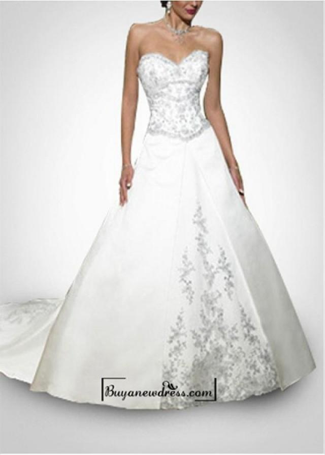 wedding photo - Beautiful Elegant Divine Satin Sweetheart Neckline Gall Gown / Wedding Dress In Great Handwork