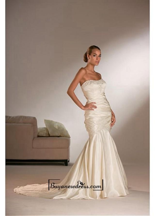 wedding photo - Beautiful Elegant Exquisite Satin Mermaid Strapless Beaded Wedding Dress In Great Handwork