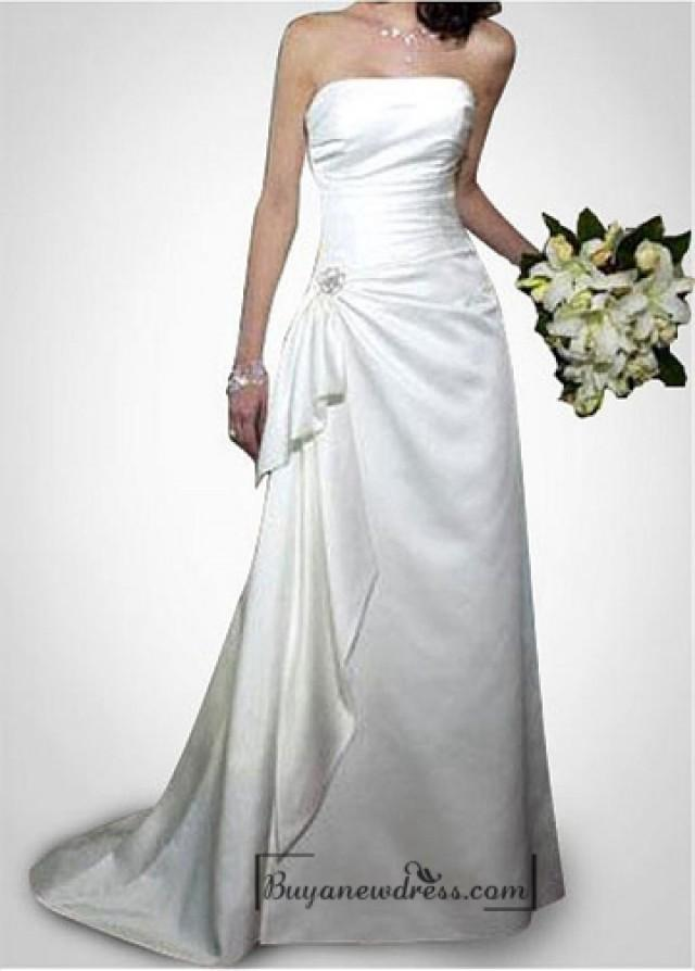 wedding photo - Beautiful Elegant Taffeta Sheath Strapless Wedding Dress In Great Handwork