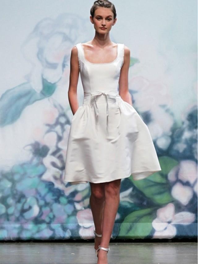 wedding photo - Satin White Sleeveless Fall Short Bridal Dress with Tank Neckline