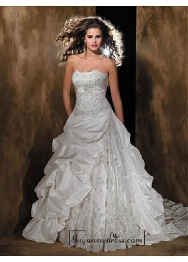 wedding photo - Beautiful Elegant Taffeta A-line Strapless Wedding Dress In Great Handwork