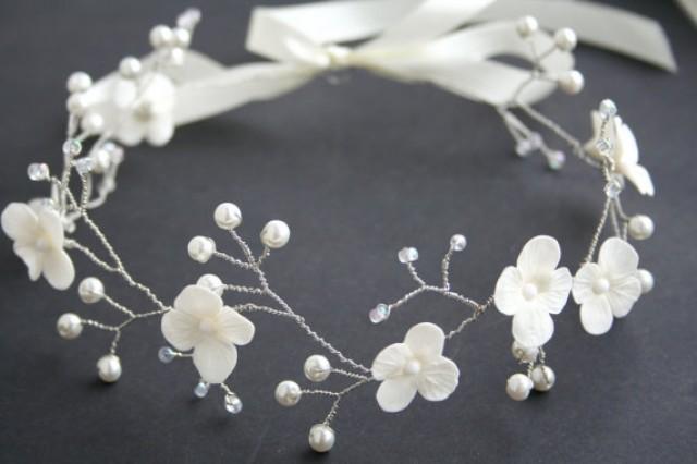 wedding photo - Wedding flower crown, Bridal flower crown, Wedding crown, Bridal crown, White crown, Bridal Headpiece, Wedding tiara, Flower crown,