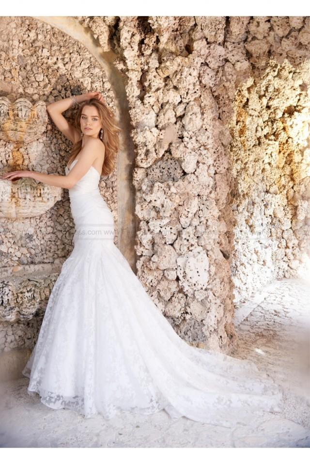 wedding photo - Jim Hjelm Wedding Dress Style JH8509