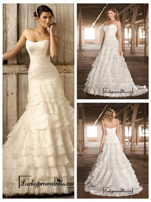 Strapless a line scoop neckline tiered ruffled vintage for Tiered ruffle wedding dress