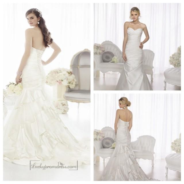 wedding photo - Fit and Flare Sweetheart Ruched Bodice Wedding Dresses