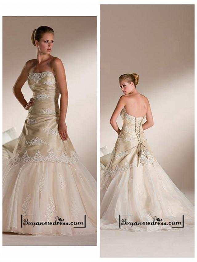 wedding photo - A Stunning Strapless Taffeta & Organza Wedding Dress