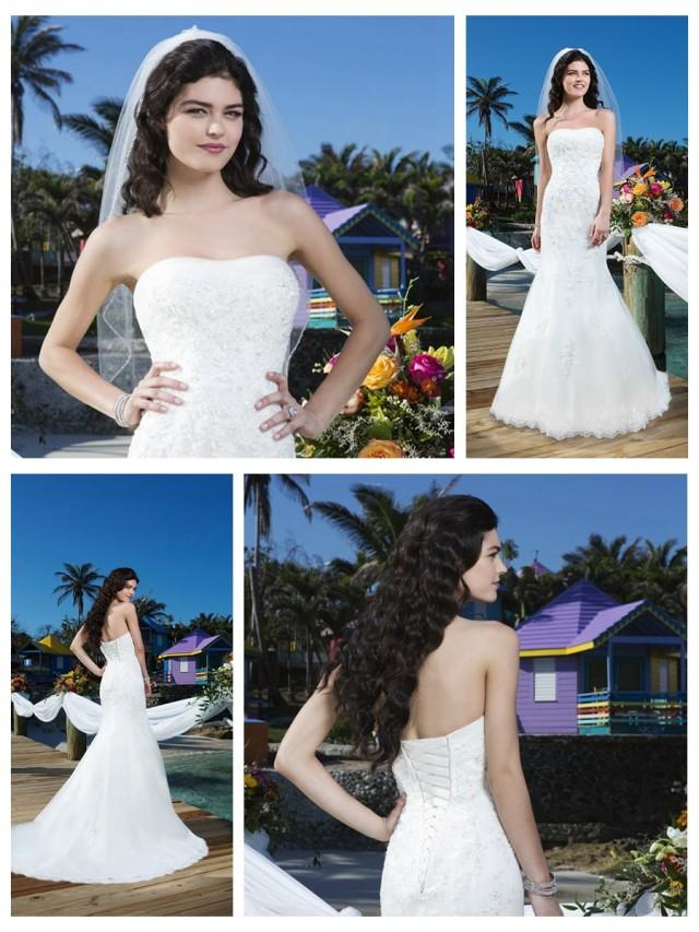 wedding photo - Beaded Lace Tulle Fit And Flare Strapless Tulle Halter Wedding Gown