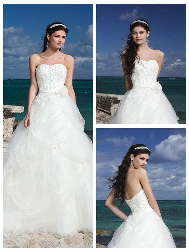 wedding photo - Sweetheart Neckline And Satin Belt Bubble Pick Up Tulle Ball Gown