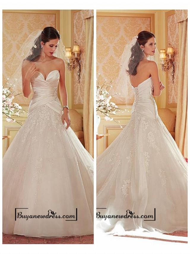 wedding photo - Alluring Organza & Tulle & Satin Sweetheart Neckline Natural Waistline Ball Gown Wedding Dress