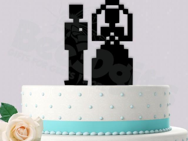 D cor 8 bit bride and groom cake topper 2455251 weddbook for 8 bit decoration