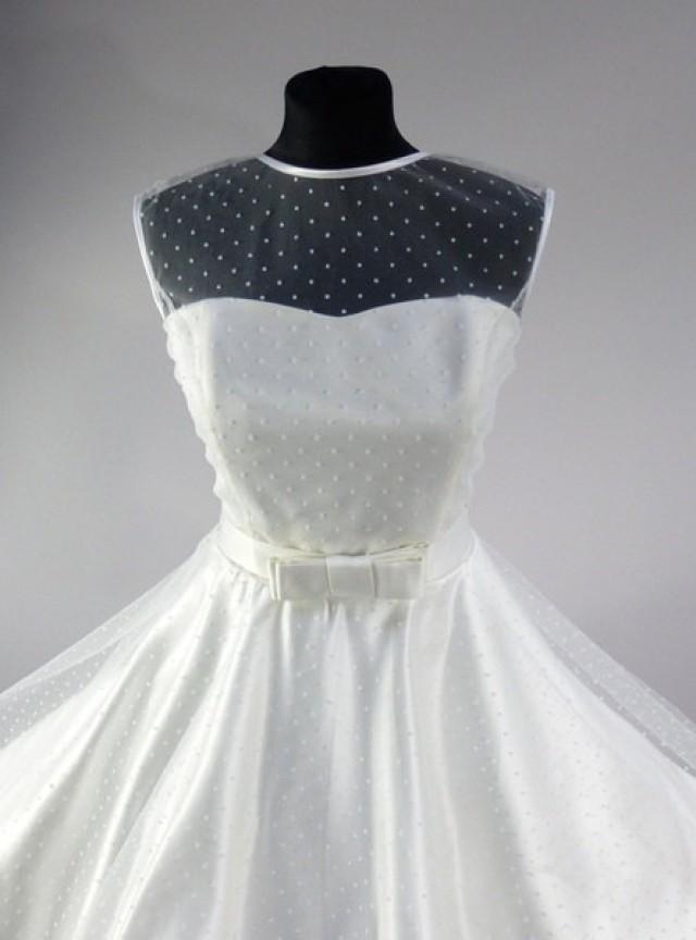 wedding photo - Swiss Dot Tulle Sweetheart Dress Rockabilly Vintage Style bridal wedding dress