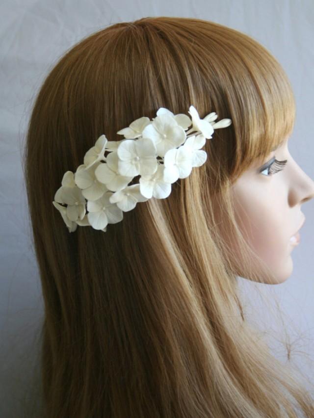 wedding photo - Bridal flower headpiece, Wedding flower comb, Bridal flower comb, Bridal hair flower, hydrangea hair, Bridal hair accessory, Decorative comb