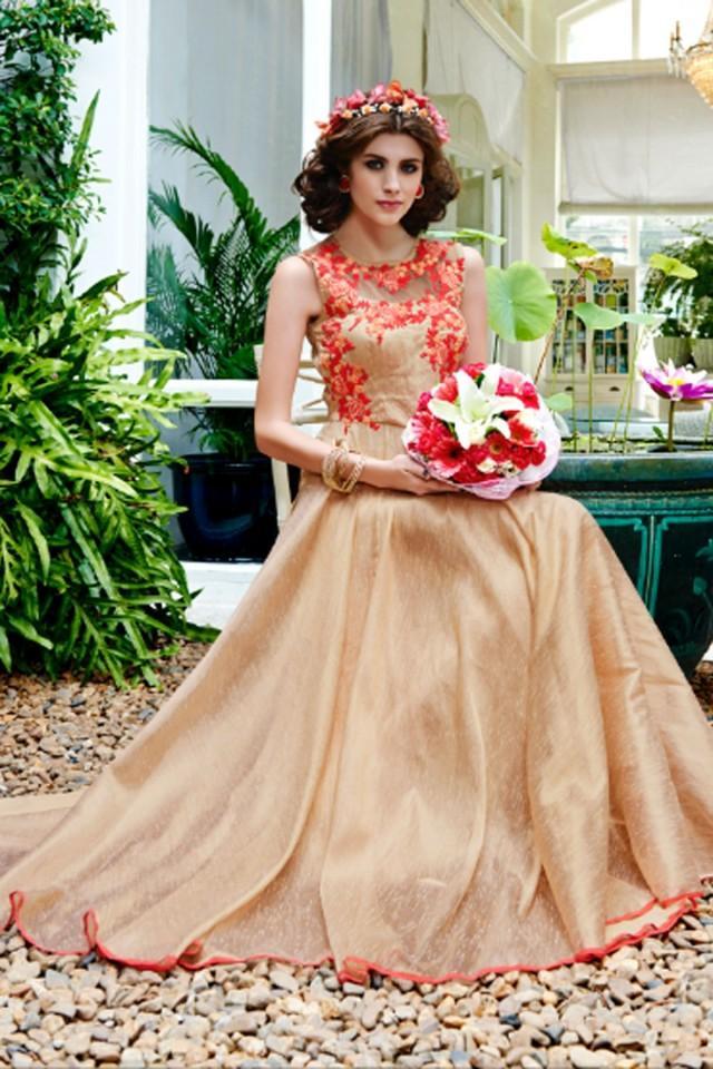 wedding photo - Cream dashing silk & net sleeveless gown with high neck