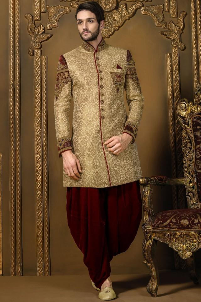 wedding photo - Gold & maroon khinkwab jodhpuri bandh gala divine sherwani