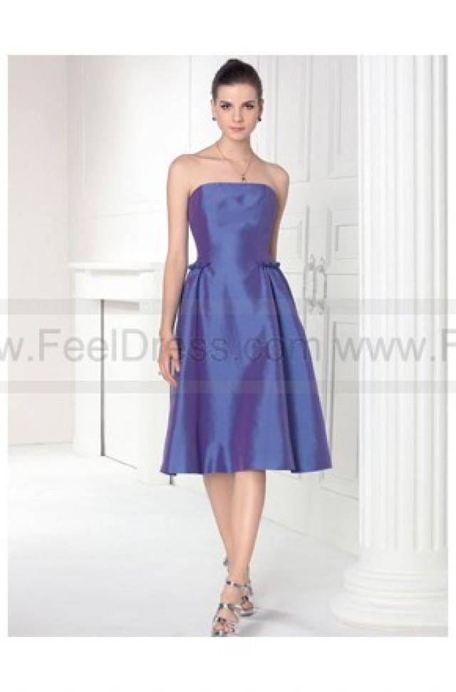 wedding photo - Strapless Satin Formal Knee Length Brief Bridesmaid Dresses
