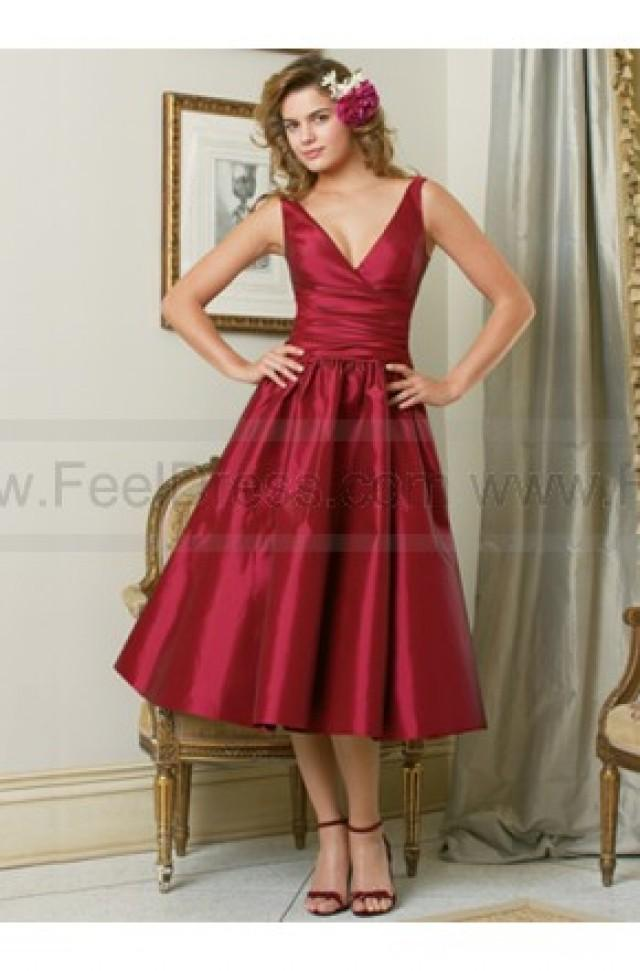 wedding photo - V Neck Cheap Red A_line Over Knee Satin Bridesmaid Dress