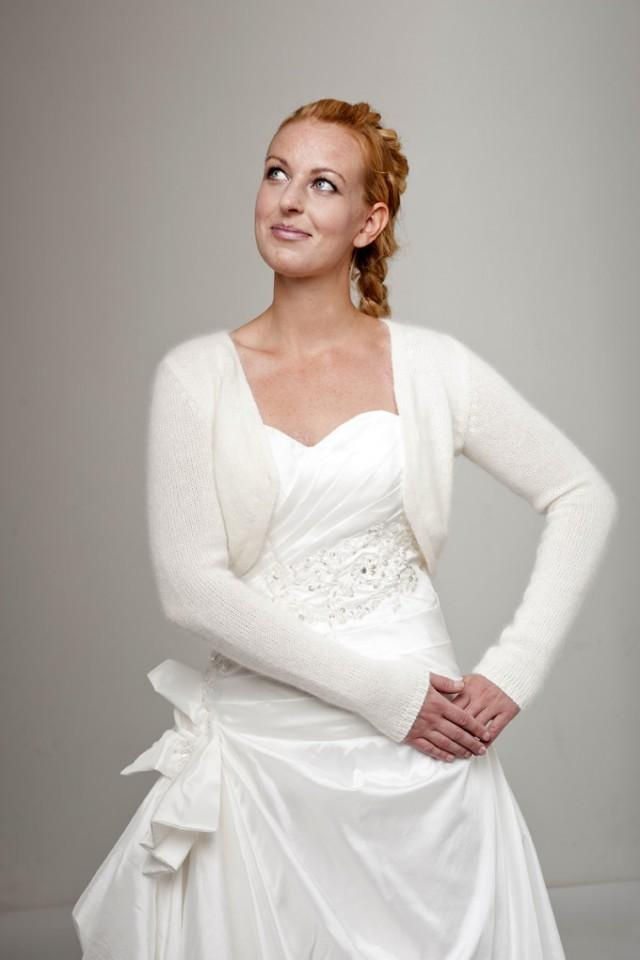 wedding bolero cardigan with ribbon knitted of soft wool. Black Bedroom Furniture Sets. Home Design Ideas