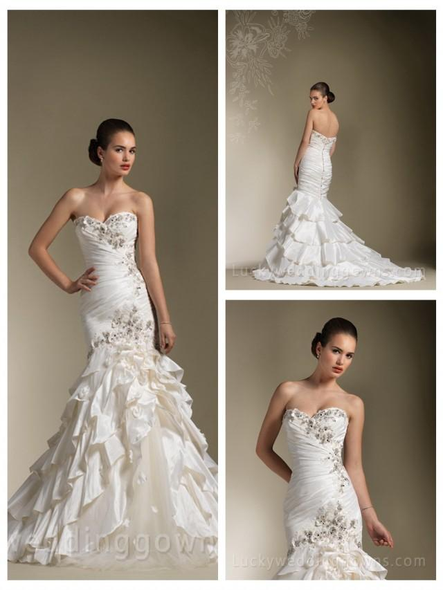 wedding photo - Elegant Sweetheart Wedding Dress with Asymmetrical Layered Mermaid Skirt