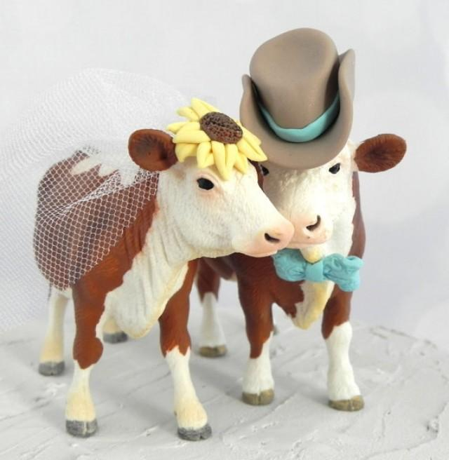 Hereford Cow And Bull Wedding Cake Topper With Sunflower Bowtie Cowboy Hat For Rustic Country Western Farm Or Barn Themes 2462703
