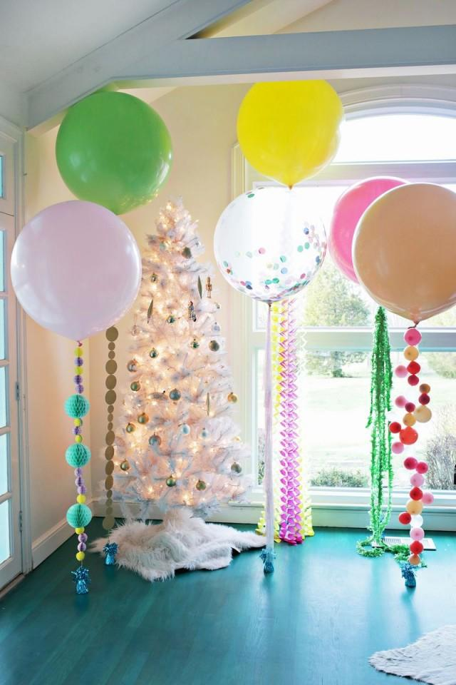 wedding photo - 5 Balloon DIYs for Your Holiday Party!