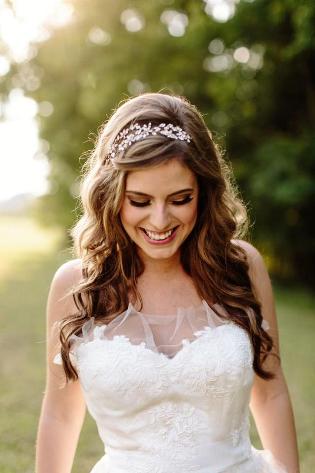 wedding photo - How To Use Wedding Bands To Make Your Wedding Hairstyle Look Great