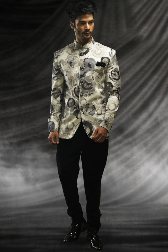 wedding photo - White jute sublime prince suit with standing collar