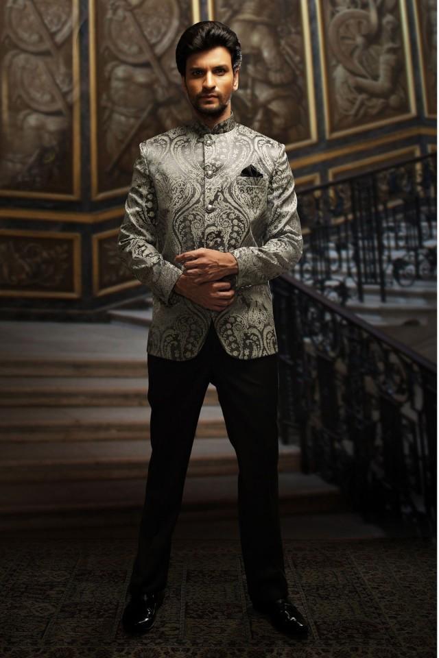 wedding photo - Silver & black embossed velvet well-formed suit
