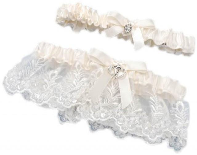 wedding photo - Cream Lace Heart Accent Garter Set