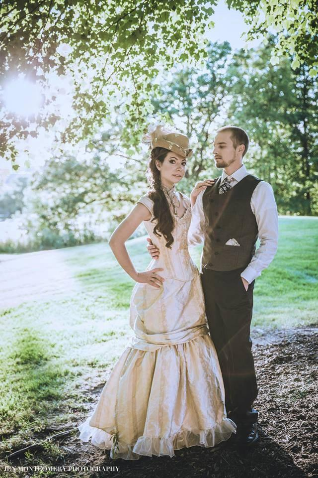Steampunk wedding dress victorian beauty off the for Off the shoulder wedding dress topper