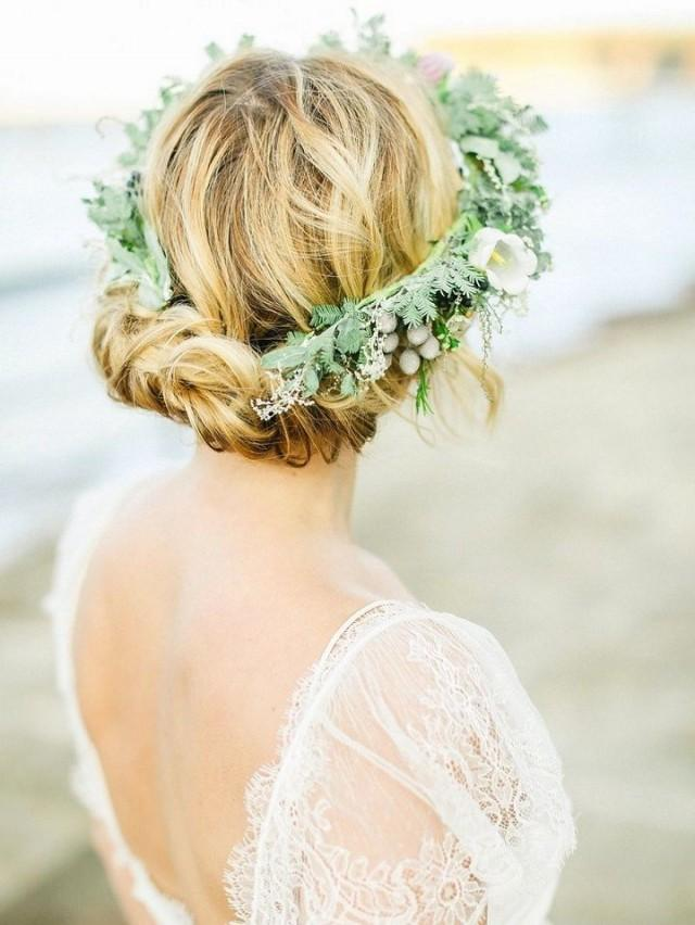 wedding photo - Ask The Experts: How To Avoid A Wedding Hair Disaster From Jenn Edwards And Friends