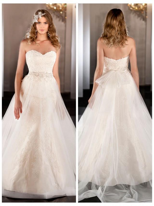 wedding photo - Sweetheart Lace Mermaid Wedding Dress with Tulle Skirt and Beaded Waist
