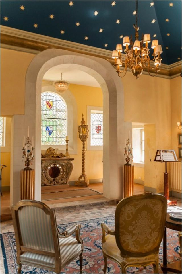 wedding chateau rental chateau du grand luce french wedding style weddbook. Black Bedroom Furniture Sets. Home Design Ideas