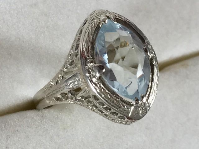 Vintage Aquamarine Ring With 14k White Gold Filigree