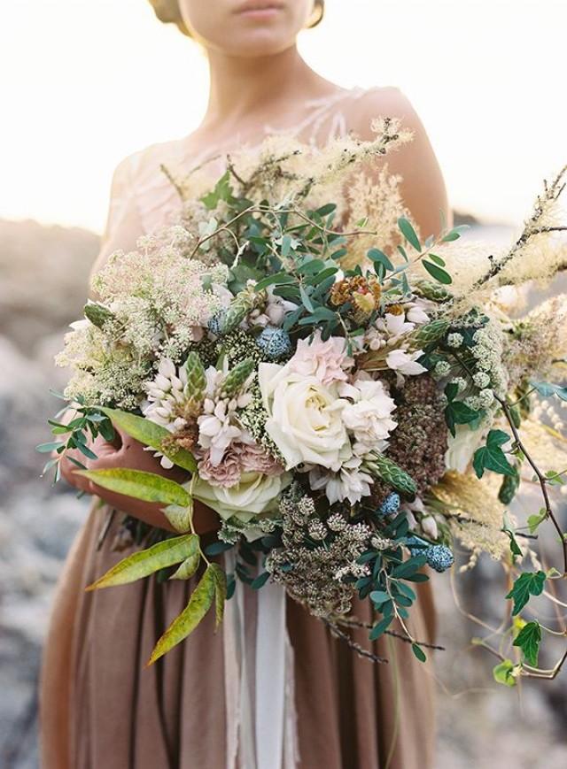 wedding photo - Gold & Blue Coastal Wedding Inspiration - Magnolia Rouge