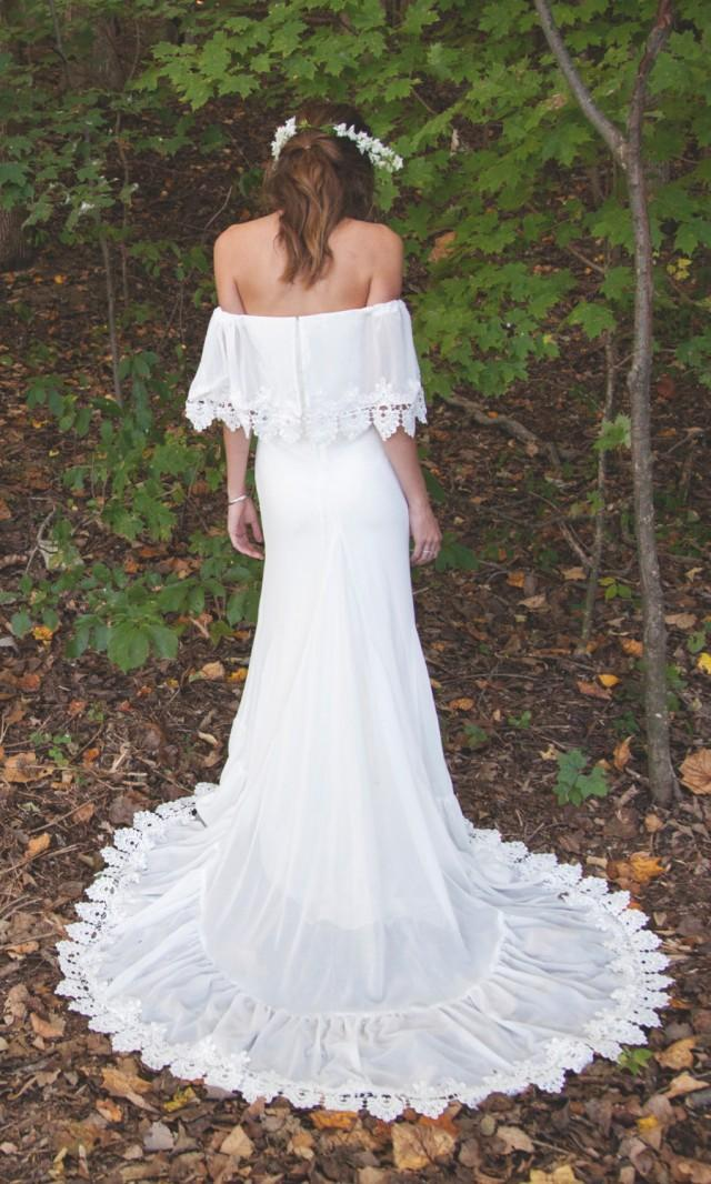 Bohemian Off The Shoulder Gown Chiffon Wedding Dress