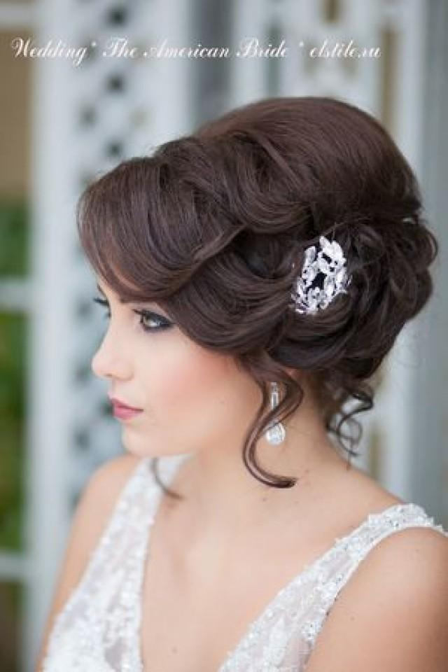 Свадебная прическа на средней длине волос