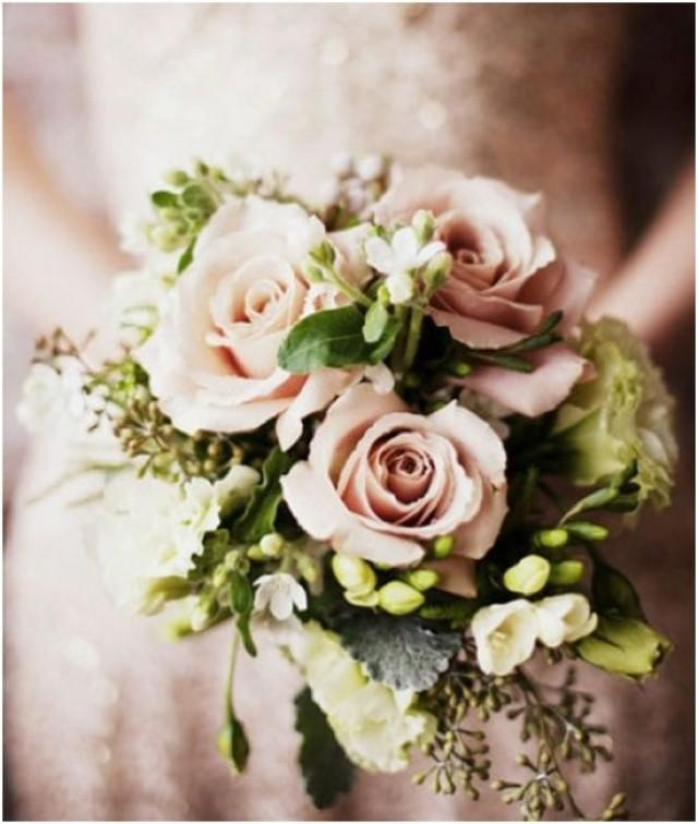wedding photo - Beautiful Bridal Bouquets That Will Blow Your Mind