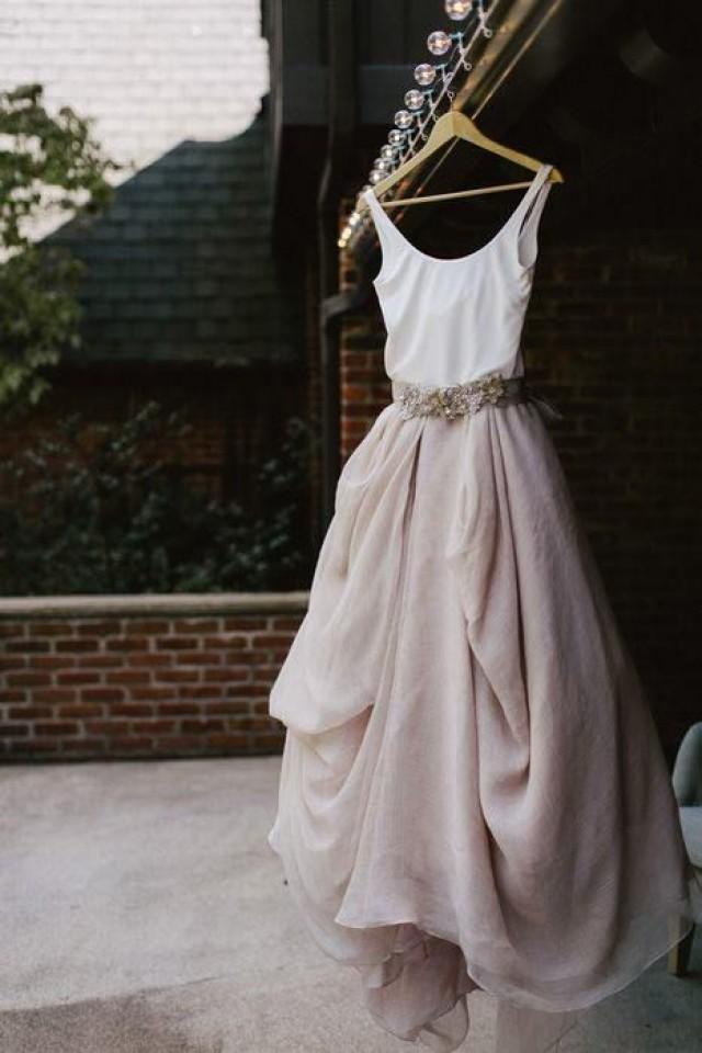 Casual Wedding Dresses For The Minimalist 2479900 Weddbook